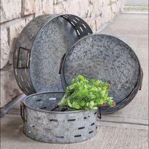 Olive Metal  Trays